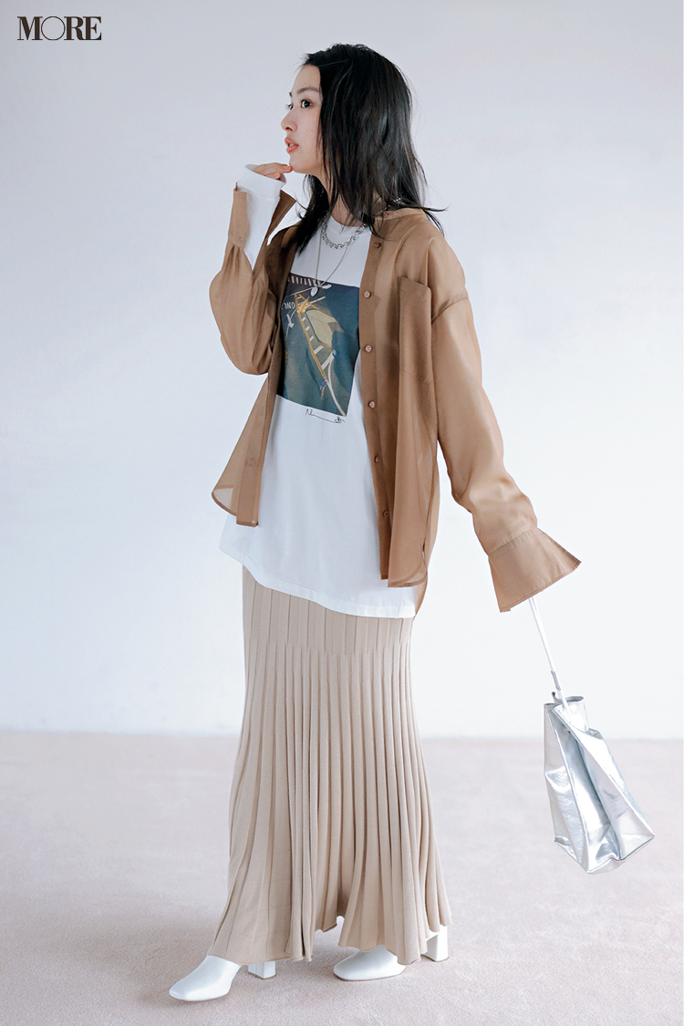 【今日のコーデ】<内田理央>フォトTシャツに透けるシャツを重ねて感度高めの休日カジュアルに♡_1