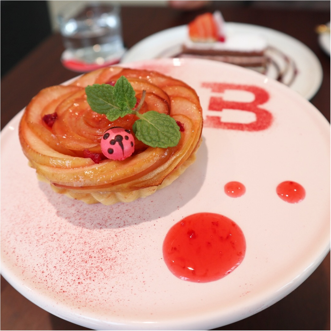 スイス風の店内が可愛いっ♡冬季限定【BALLY CAFE】に行ってきました!_6