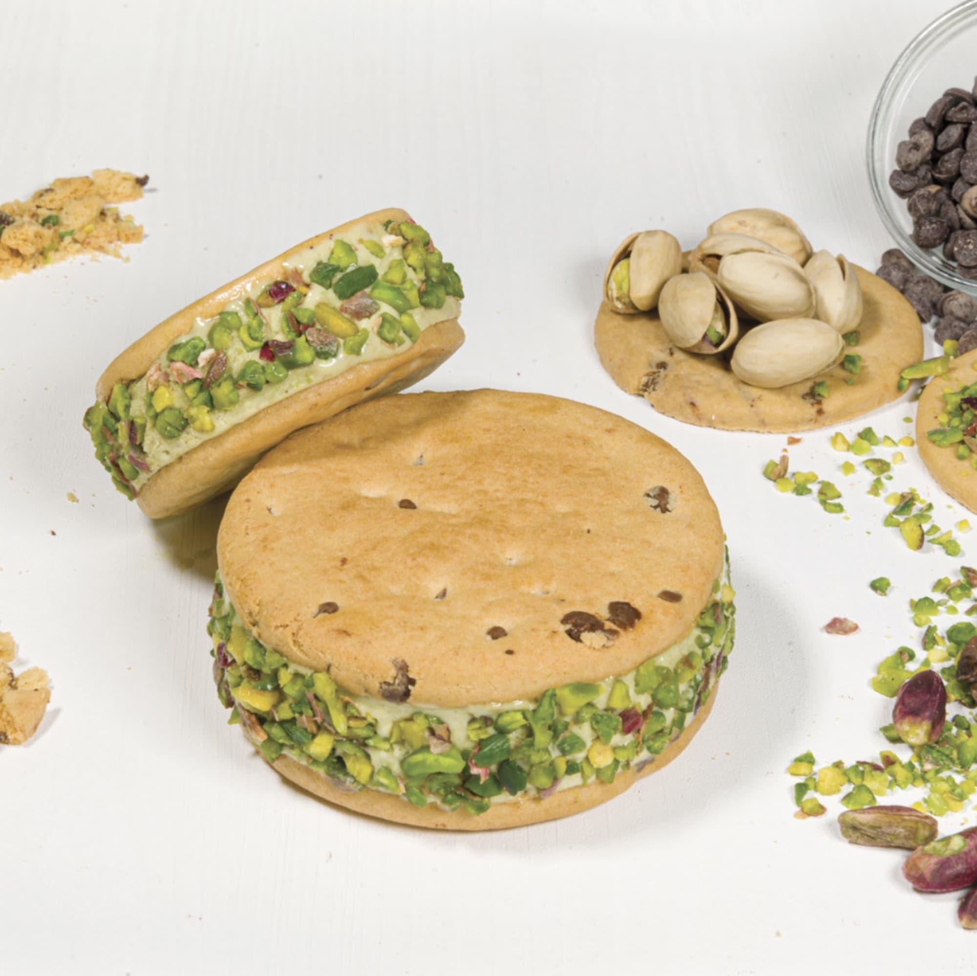 ローマ発ジェラートショップ『Giolitti』のアイスクッキー「GIOTTO」