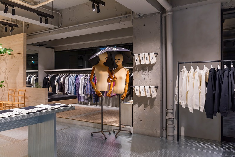 『beautiful people』のアーカイブストア「beautiful people pop-up store unseen archives during the pandemic」の画像