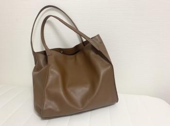お客様のほしいが詰まった【GU BAG LAB】の高見えレザーバッグが使える♡