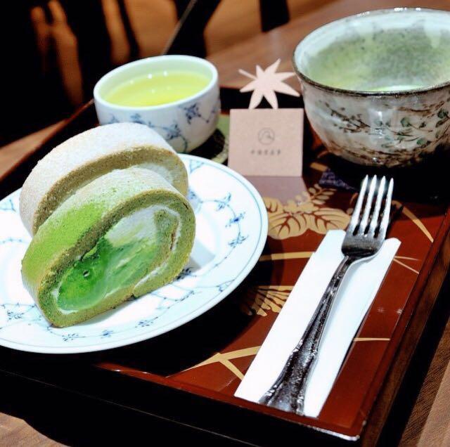 台湾女子旅におすすめ♪ 抹茶スイーツ専門店『平安京茶事』のロールケーキ