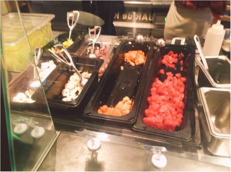 【恵比寿に6/6NEW OPEN☆】ハワイローカルフード「ポケ専門店:Poke's Fish Market(ポケズ フィッシュ マーケット)」_5