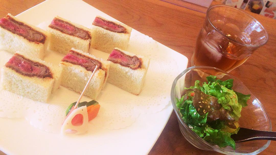レアでジューシーなヘレ肉が、ランチで味わえる!ビーフヘレカツサンド専門店 「新世界グリル梵」@銀座♡_4
