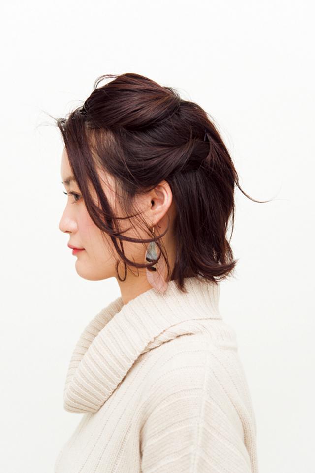 【美容師華アレンジ】黒髪に合うモード感♪ アシメねじりアレンジ_5