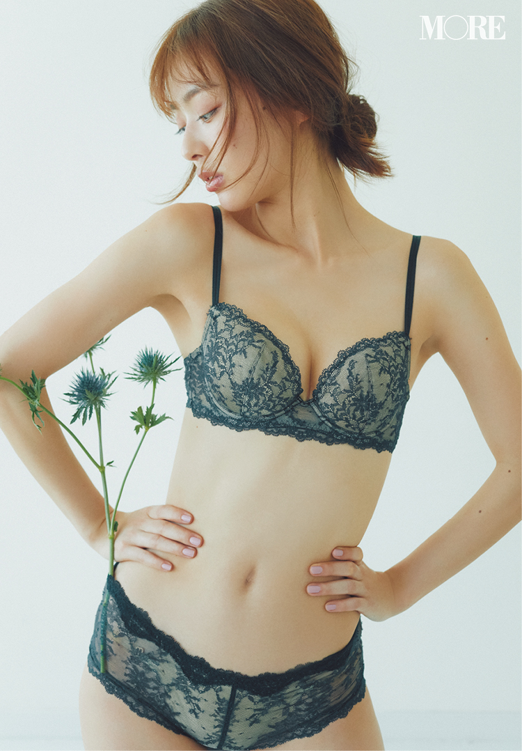 """内田理央が魅せる。今年のブラは""""服をキレイに見せる""""かどうかで選びましょう♡ 記事Photo Gallery_1_12"""