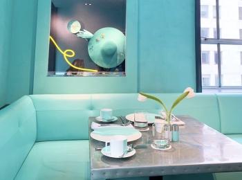 【思い出投稿】〈NY〉予約困難の大人気ティファニーカフェ『The Blue Box Cafe』
