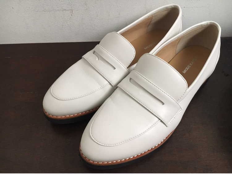 【フラット靴】春靴は爽やかホワイトカラーで!フラットな白ローファーで楽チンおしゃれ♡_5