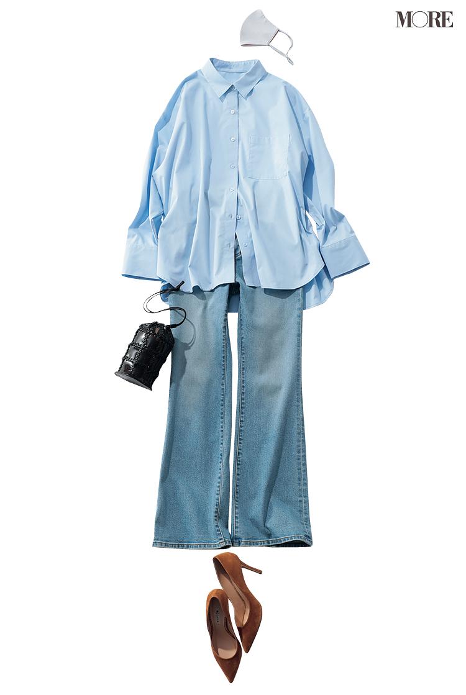 GUのブルーシャツ×フレアデニムのコーデ