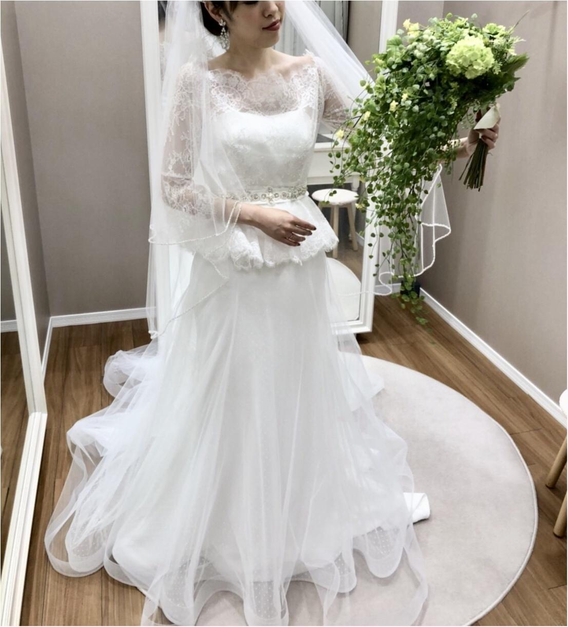 卒花さんに聞く【ドレス特集】-  結婚式・二次会におすすめ! プレ花嫁さんに人気のおしゃれなウェディングドレスは?_42