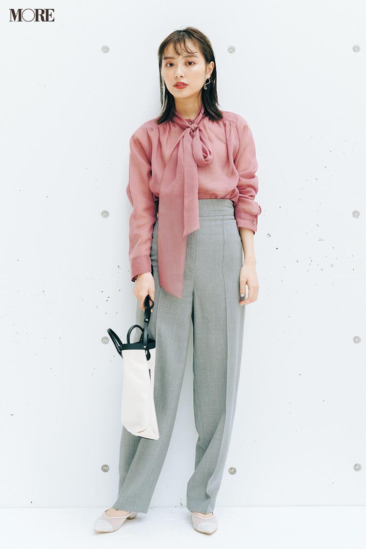 【今日のコーデ】ピンクのボウタイブラウスを着た内田理央