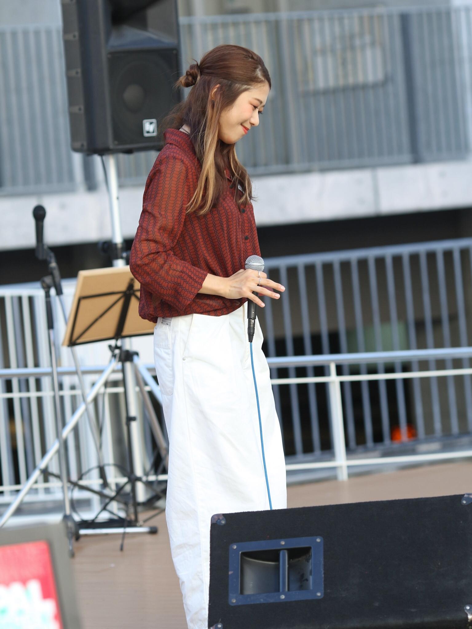 【そろそろ 秋服】シンガーソングライターうたうゆきこのLive photo【ファッション】_3