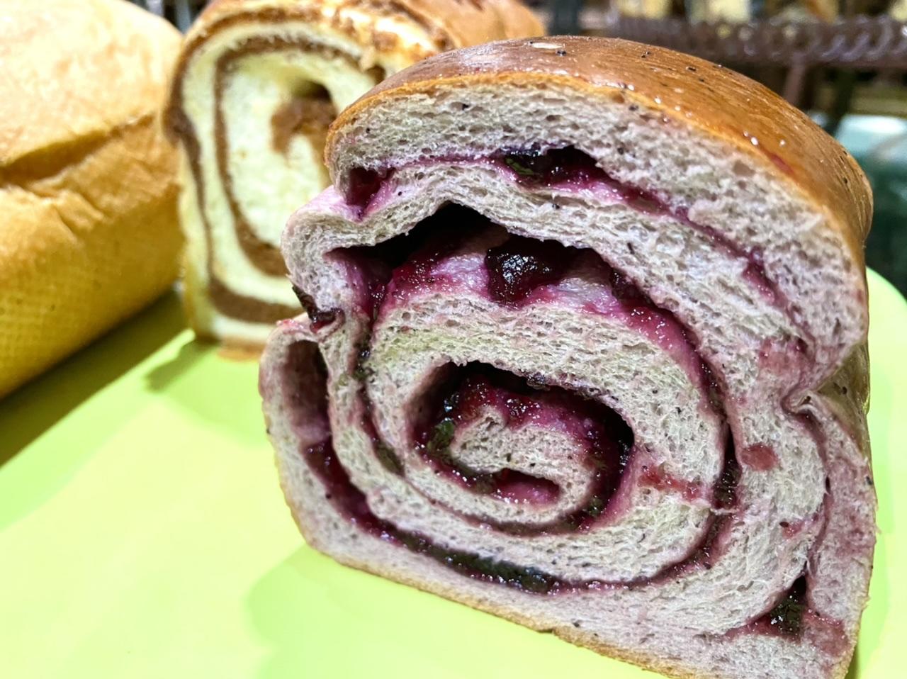 《行列が出来るパン屋》那須の名店ペニーレインに初訪問⭐︎_5