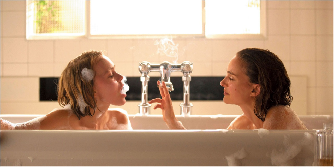 【9/23~公開!】ナタリー・ポートマンとジョニー・デップの娘、リリー=ローズ・デップが映画史上、最高に美しい姉妹に!? 今月のイチオシ★CINEMA『プラネタリウム』_1