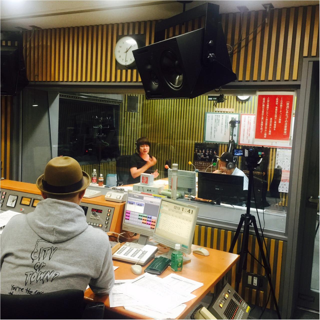 【ウラMORE】ウーマンラッシュ村本さんのラジオの裏側、突撃取材!_6