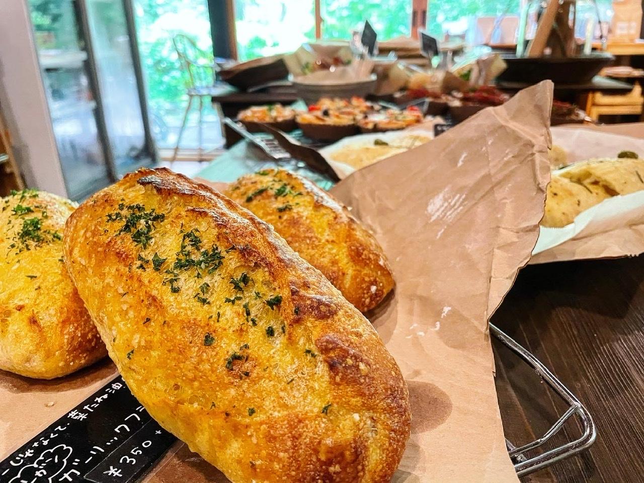 【森の中で見つけたパン屋】砂糖不使用・全て手作りの心と身体に優しいパン_3