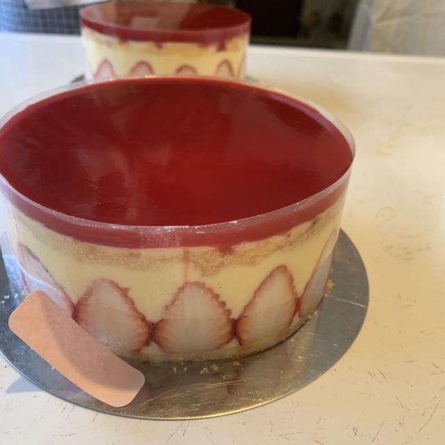 【手作りケーキ】本格的な『フレジェ』作り♡初心者でもお店のような仕上がりに…?!♡_11