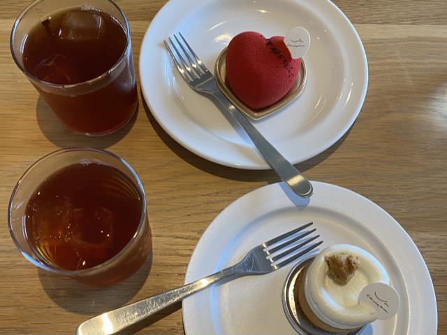 可愛いケーキとアールグレイティー_3