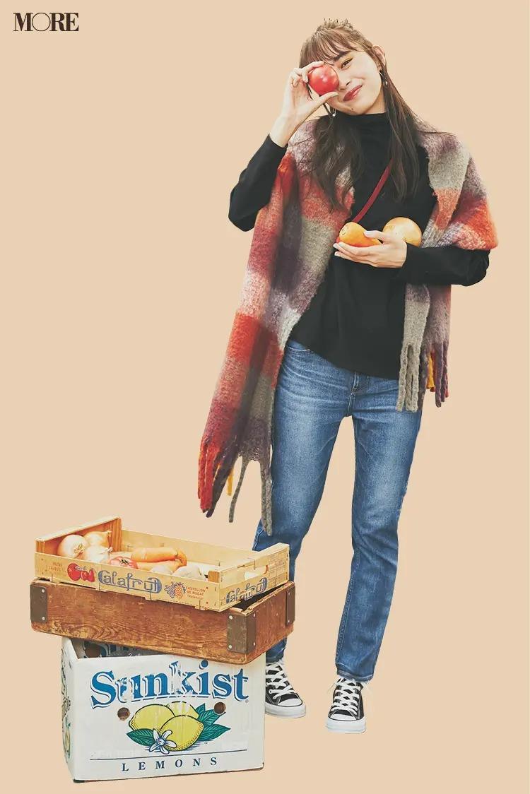 【冬のスニーカーコーデ】デニムパンツ×コンバースのハイカットで可愛く