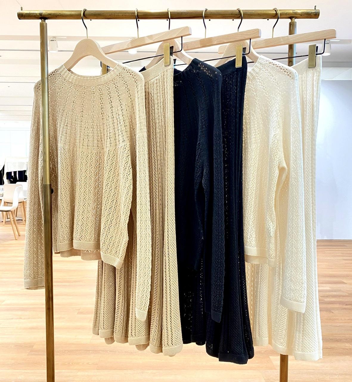 3Dポインテールセーター&スカートのカラーバリエーション