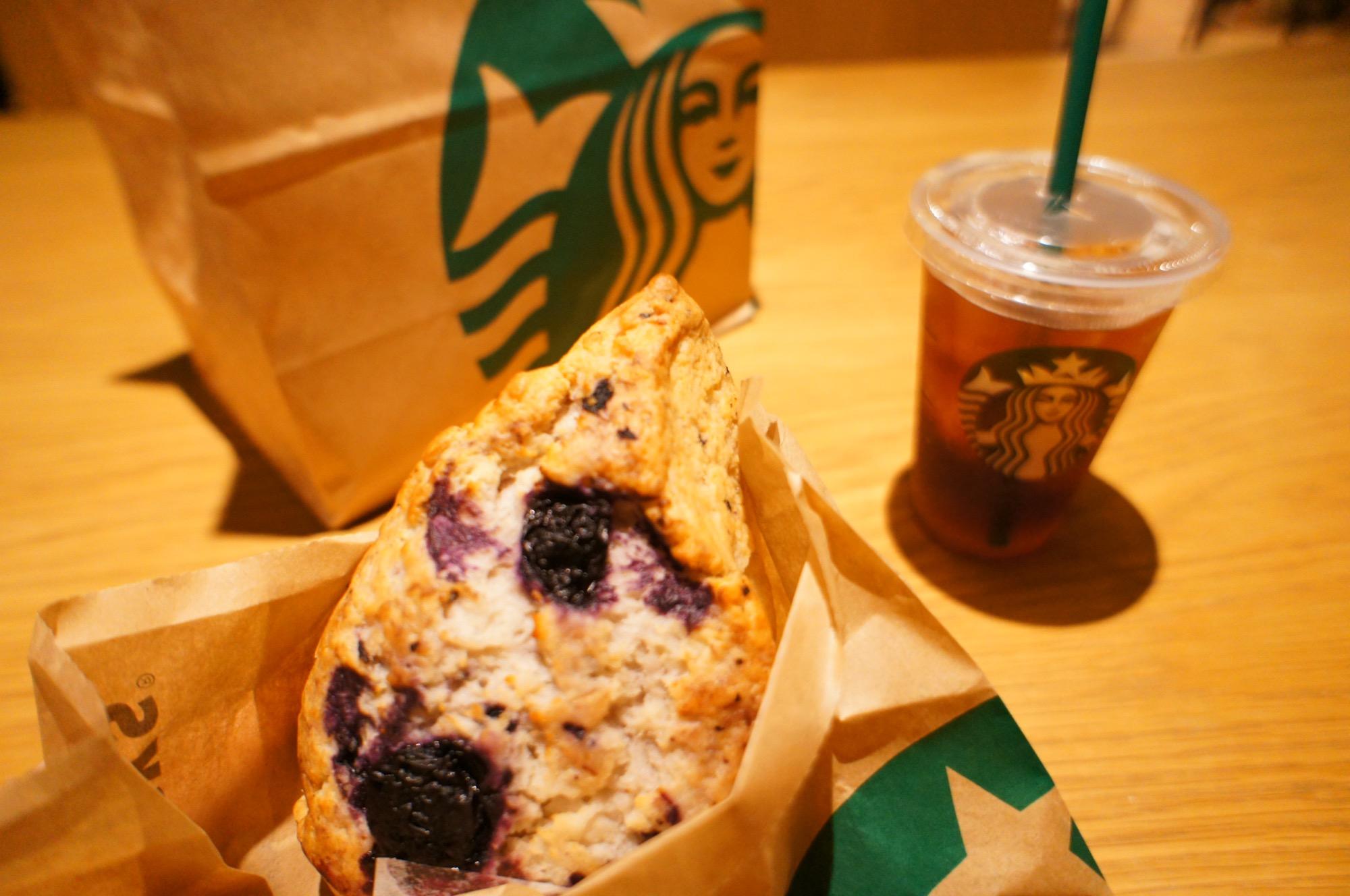 《レジ横foodに注目❤️》【スタバ】アメリカンスコーン ブルーベリーが美味しい☻!_1