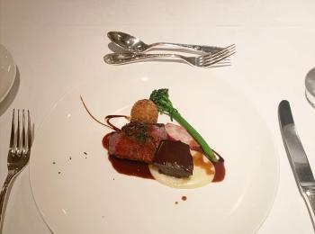 【アニバーサリーディナー】城山ホテル鹿児島の最上階にて超贅沢ディナー♡