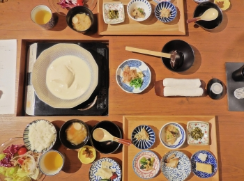 【信州・蓼科】豆皿でいただく絶品朝食