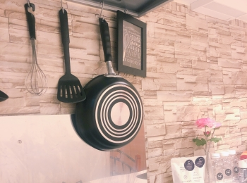 【賃貸インテリア】ごく普通のキッチンをおしゃれに!見せる収納でスペースを有効活用して♡