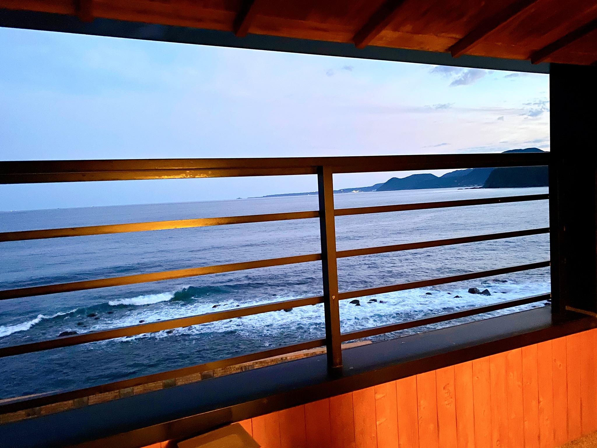【ハート型の窓からは海!】女子旅にもおすすめな写真映え旅館_11