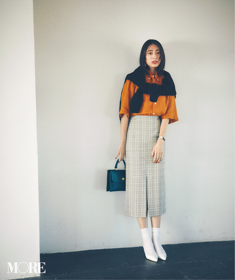 春のシャツコーデ特集《2019年版》- 20代女子におすすめ!オフィスカジュアルにちょうどいい きれいめシャツのコーディネートまとめ_25