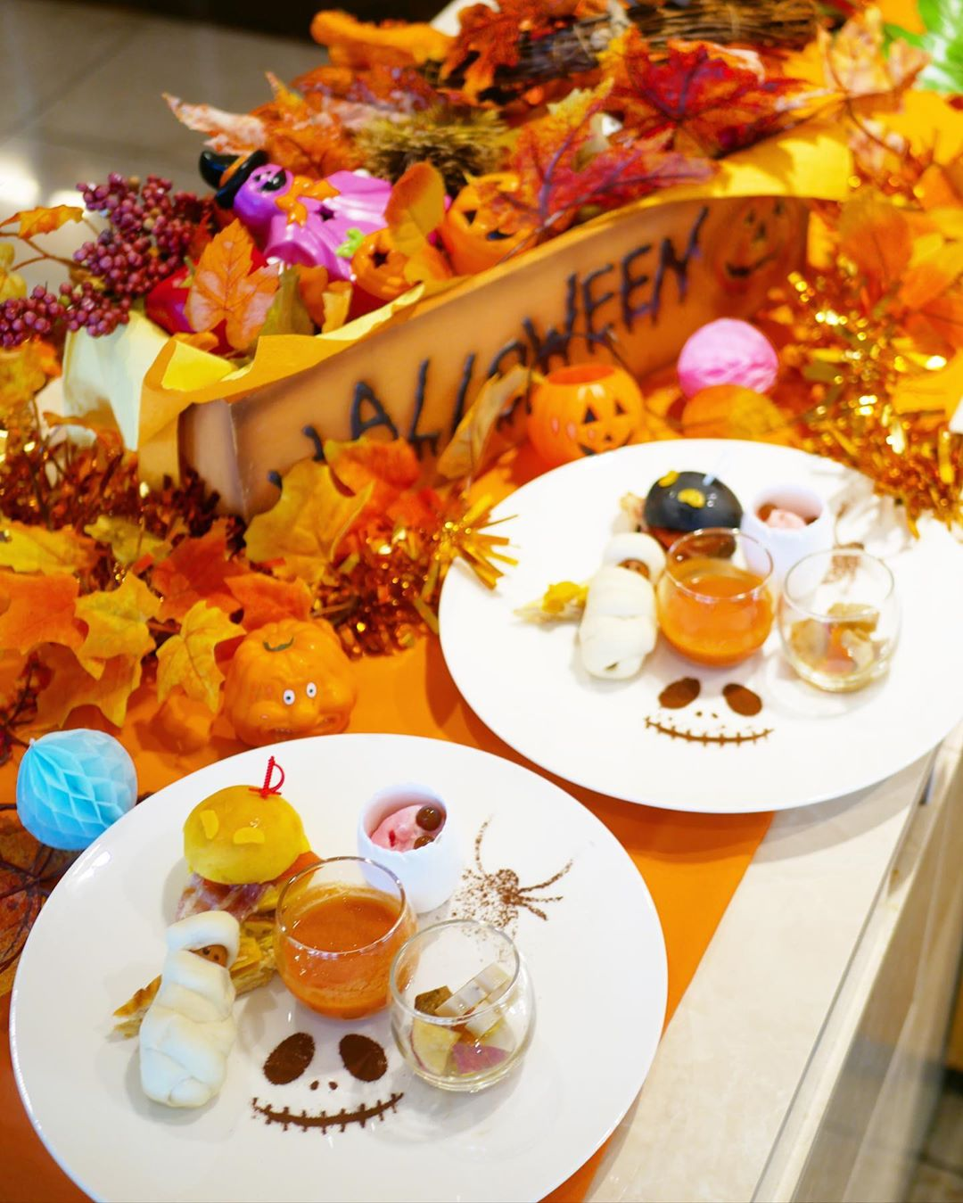 Premiumインフルエンサーズのインスタ拝見! 折田楓さんは、「神戸ポートピアホテル」のハロウィンスイーツオーダーブッフェをおすすめ♡_1