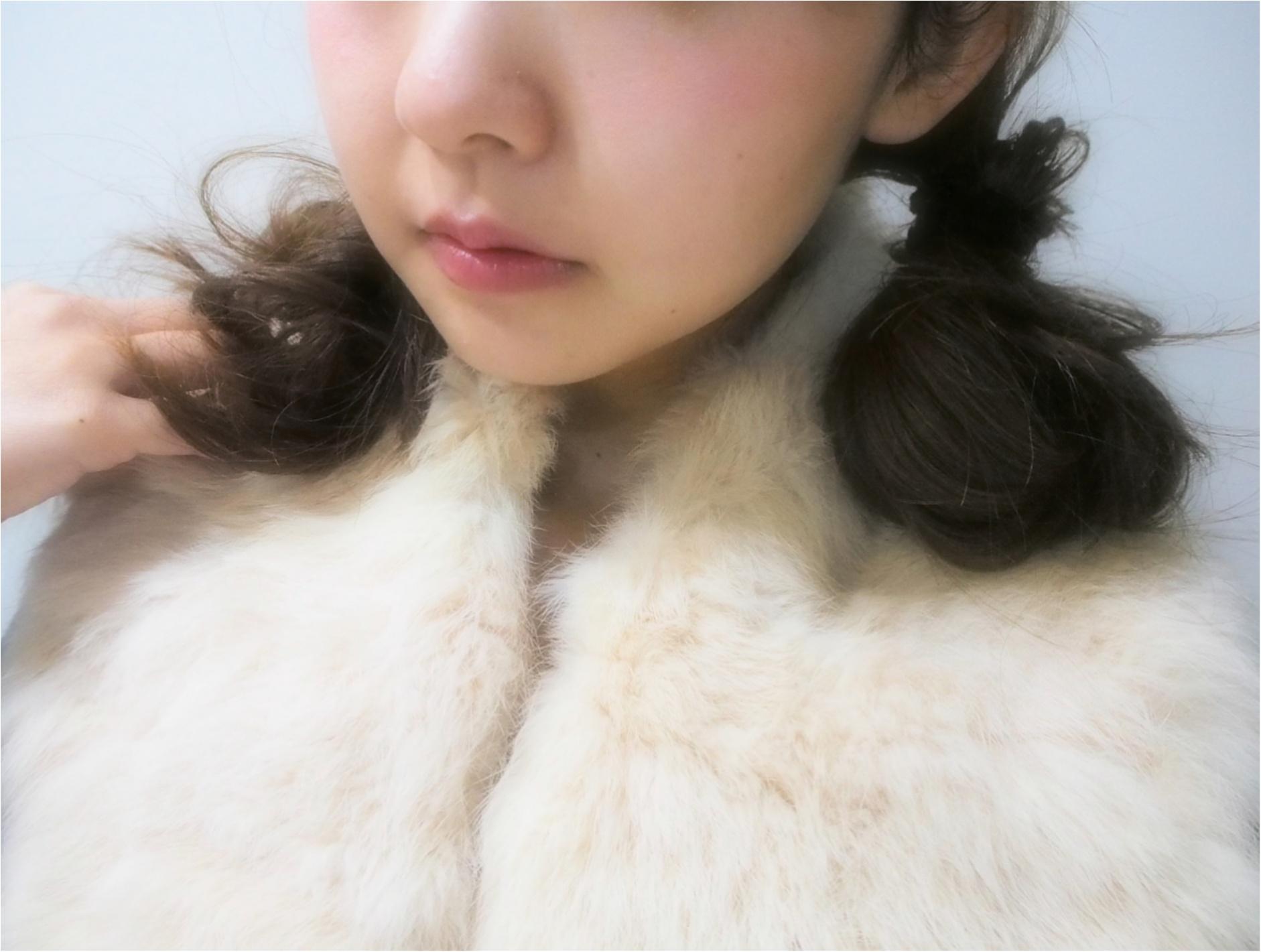 持っていると可愛い!やっぱり冬は「ファー小物」で女性らしく、冬らしく‼ ~ファーアイテム3選~_3