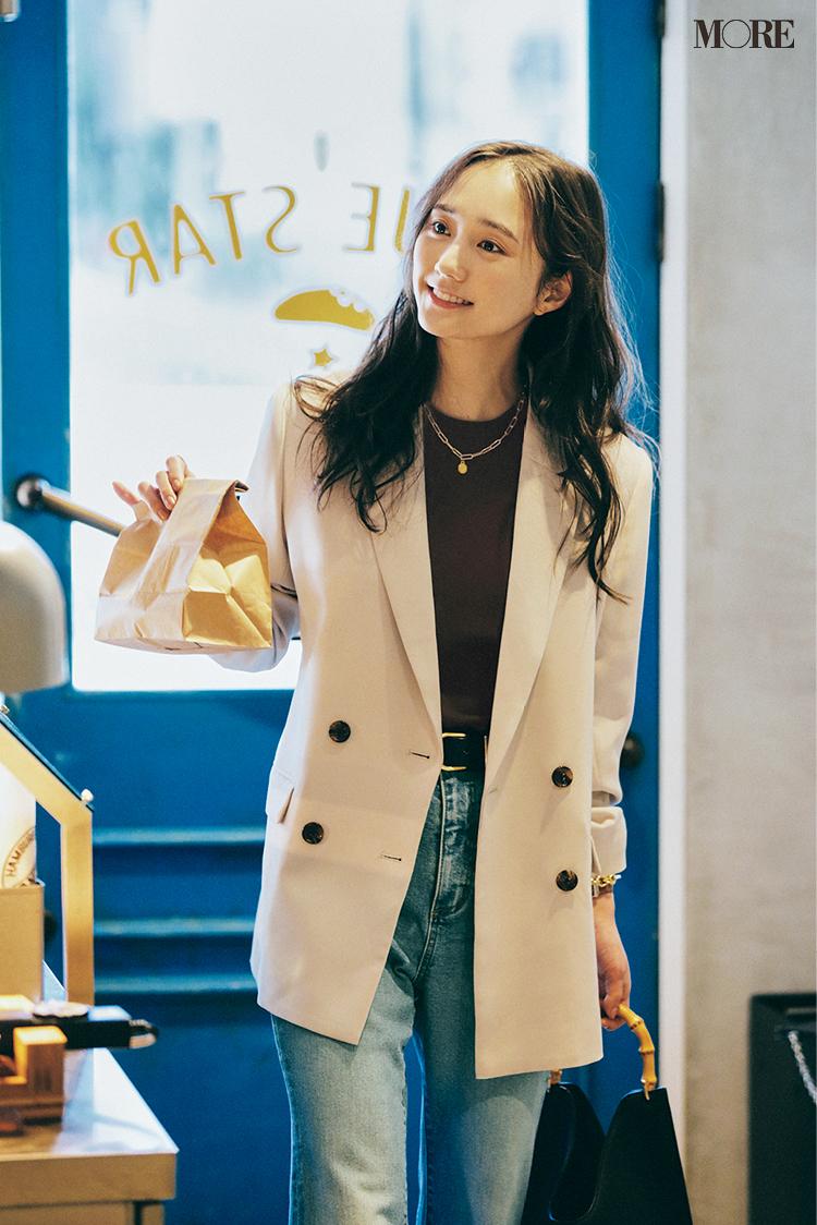 GUのジャケット×デニムコーデの鈴木友菜