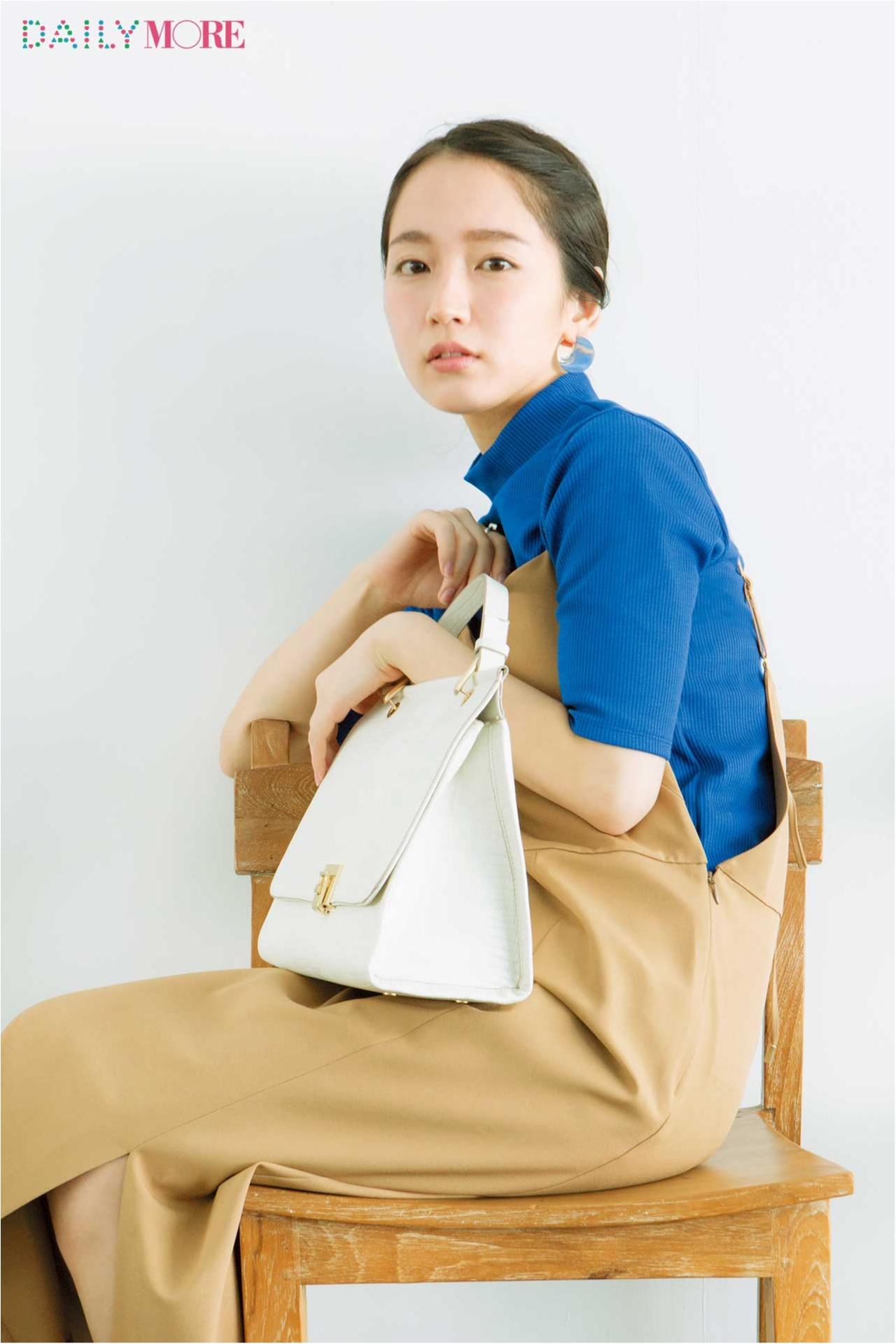 """ドラマ「カルテット」でも話題! 今最も旬な女優、吉岡里帆さんの私物大公開☆ """"バッグの中身のおこだわりを見せて!""""_1"""