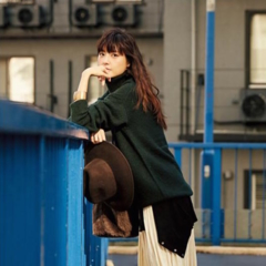 「デイリーモア」のファッション人気記事ランキング発表! 今週の1位はプリーツスカート!?