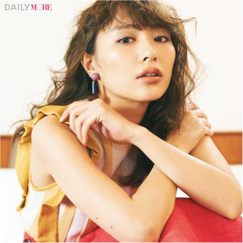 内田理央&イガリシノブさんが提案!「春色を着る日」は「心惹かれる女ブラウンリップ」が可愛い♪_1