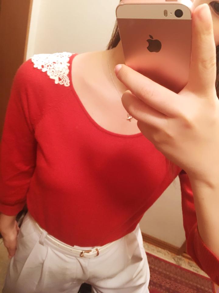なりたい私に着替えよう【赤】を取り入れたオフィスコーデに挑戦!_1