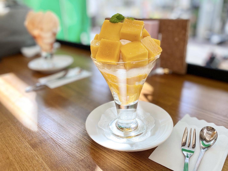 【季節のフルーツパフェ】大好きなフルーツがたくさんのったパフェを堪能_5