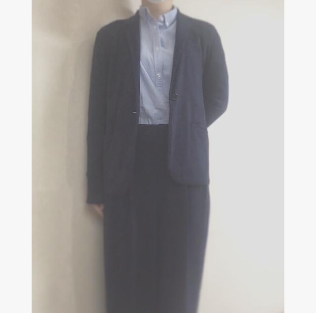 【オフィスコーデ】GUの青シャツ×UNIQLOのワイドパンツ_3