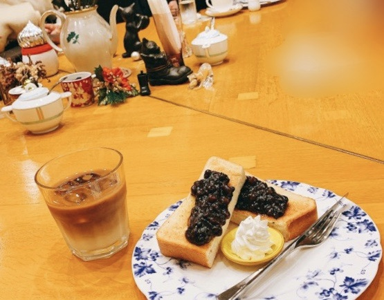 【みおしー遠征ログ❤︎名古屋】小倉トーストを食べるならオシャレで話題の「長靴と猫」へ♡_2