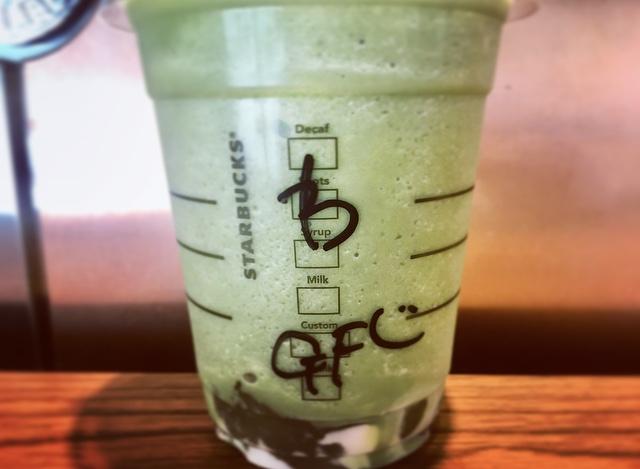 【スタバ】夏に飲みたいわらび餅入り抹茶フラペ♡_3