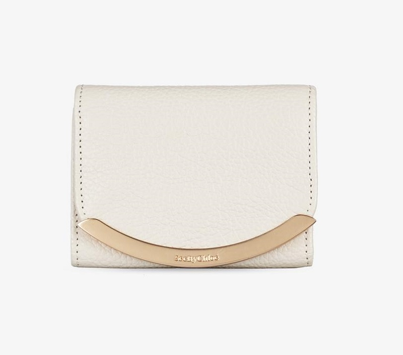 シーバイクロエの白い財布