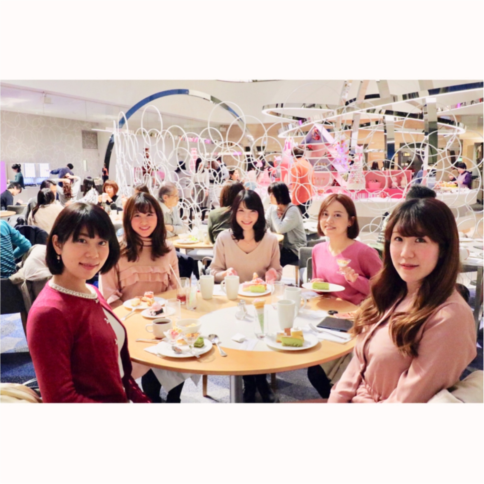 ヒルトン東京ベイ【ピンク・クリスマス】ビュッフェで今年最後のモアハピ女子会♡_7
