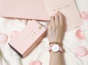 『ダニエル ウェリントン』から桜カラーの新作ウォッチが発売中♡ BOXも春の特別仕様!