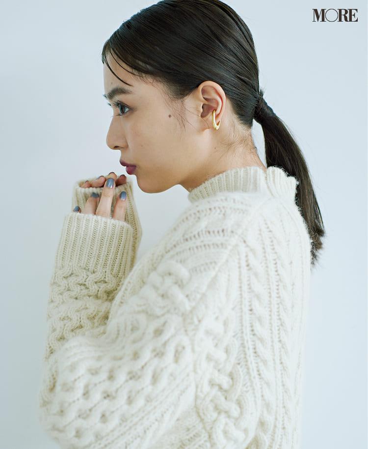 白ニットコーデ【2020冬〜春】- 着膨れしない細見えテクニックなど、白い服の最旬レディースコーディネートまとめ_5