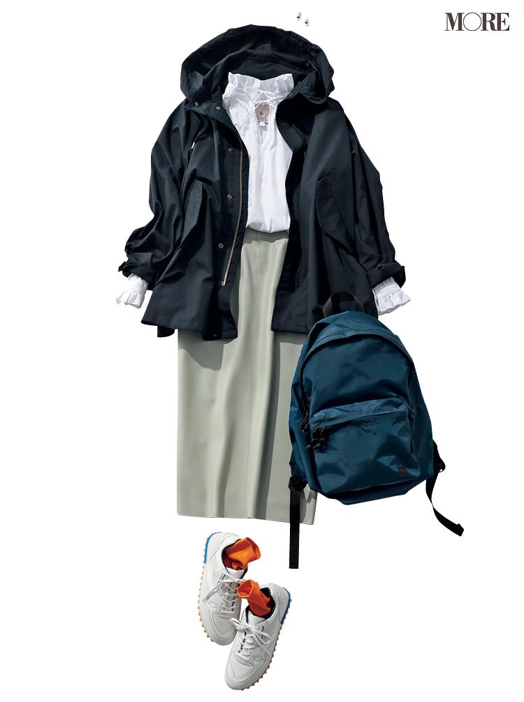 衿コンシャスブラウスにマウンパをはおってタイトスカートをはいたコーデ