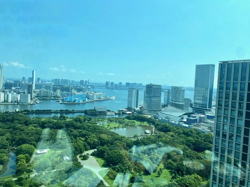 コンラッド東京のアフタヌーンティー会場から見た景色