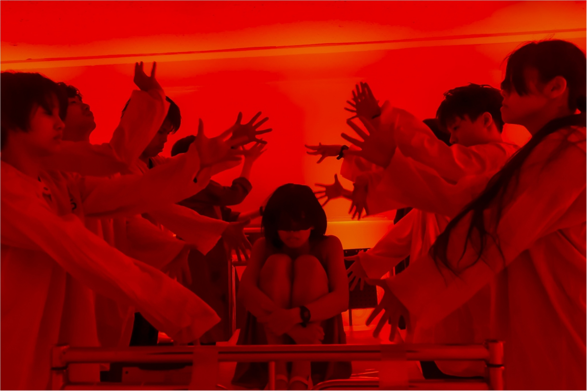 《明日発売開始》初演時は開幕4日目にして全公演完売のイマーシブシアター【DAZZLE「Touch the Dark」】再演決定_9