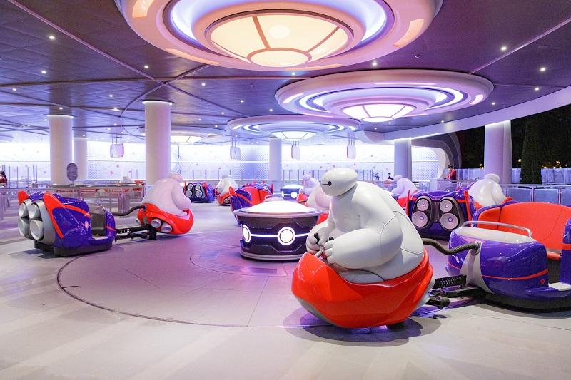 『東京ディズニーランド』の新アトラクション「ベイマックスのハッピーライド」 体験レポ♪ 面白さがハンパじゃない!_4