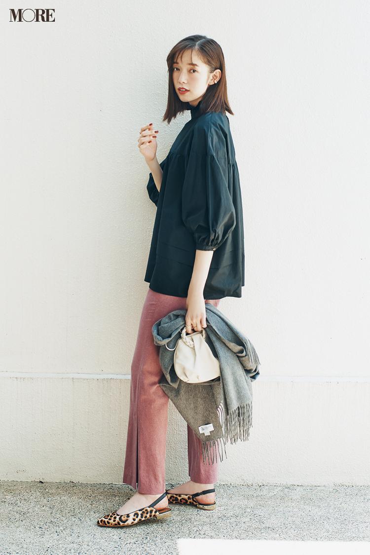 【今日のコーデ】<佐藤栞里>10月のスタートはくすみピンクのパンツにレオパード柄の靴で気分上々♪_1